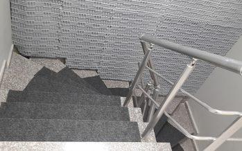 Özbay Proje Merdiven Boşluğu   Gri Labirent Basotect Melamin Sünger Uygulaması